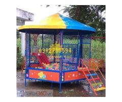 Nhà banh miếng -nhà banh ngoài trời cho trẻ vui chơi