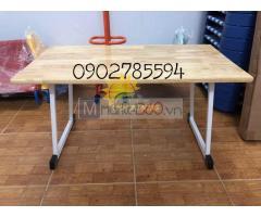 Bàn ghế gỗ cao su cho trẻ mầm non montessori