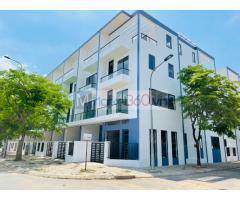 Bán nhà 1 trệt 2 lầu giá tại khu đô thị Đông Tăng Long