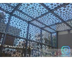 Xu hướng thiết kế và thi công mái kính, mái hiên sắt cắt CNC nghệ thuật - kiến trúc 2021