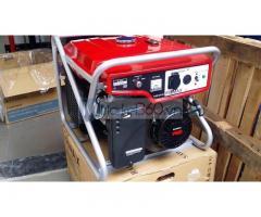 Máy phát điện 5kw Nhật Bản Elemax SV6500 giá rẻ.