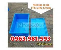 Hộp nhựa có nắp B4, thùng nhựa cơ khí