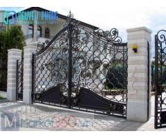 Mẫu cổng sắt mỹ thuật bán chạy nhất cho biệt thự, nhà phố mang phong cách cổ điển