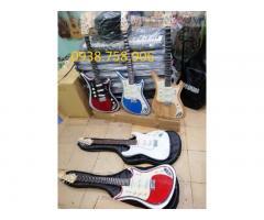 Bán guitar điện phím lõm tài tử giá rẻ tại bình dương
